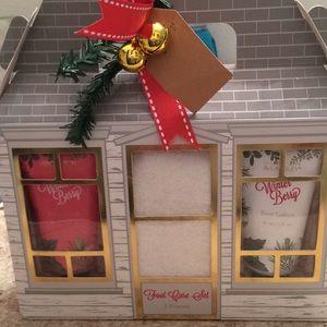 NWT Christmas 3 pc foot care set